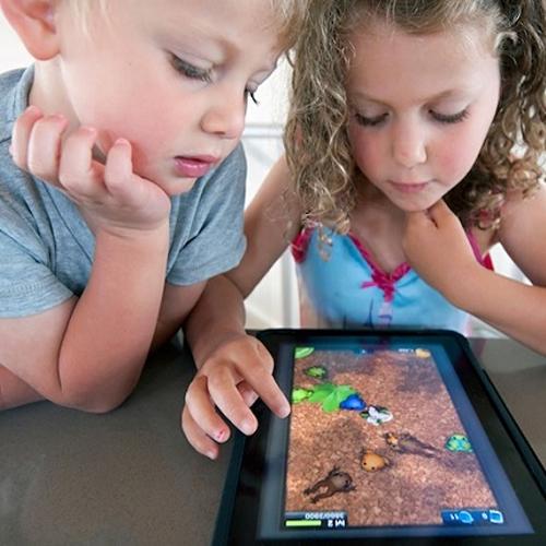 Hạn chế cho trẻ tiếp xúc với sóng Wi-Fi