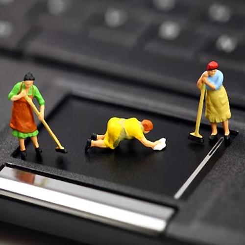 Vệ sinh laptop sạch, nhanh và an toàn