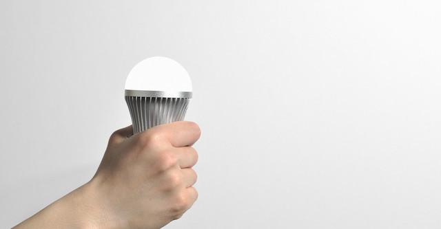 Một chiếc đèn LED nếu được gắn chip Li-Fi sẽ cho phép nó giao tiếp với các thiết bị khác