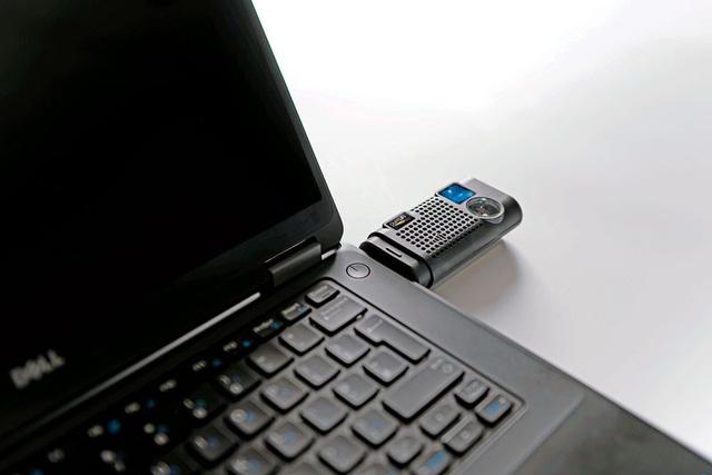 USB chuyên dụng dành cho Li-Fi