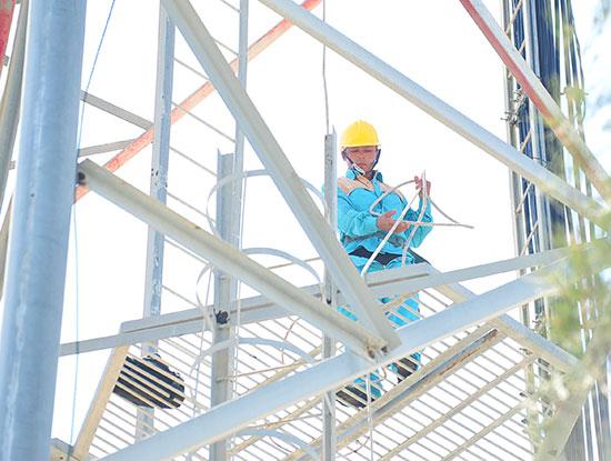 Viettel nghiên cứu sản xuất thiết bị trạm phát sóng 5G